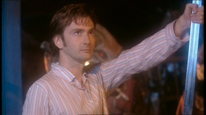 201-the-Christmas-Invasion-the-tenth-doctor-13709131-500-281